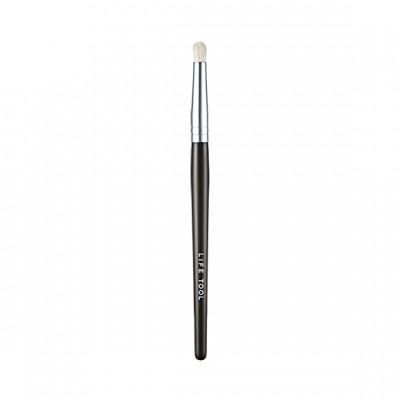 Кисть для теней It's Skin Life Tool Point Shadow Brush: фото